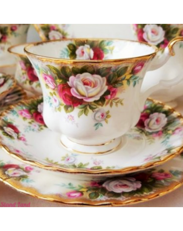 ROYAL ALBERT CELEBRATION TRIO