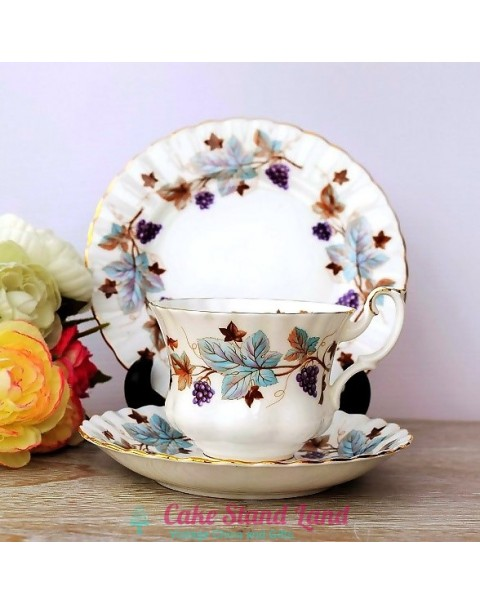 (OUT OF STOCK) ROYAL ALBERT LORRAINE TRIO