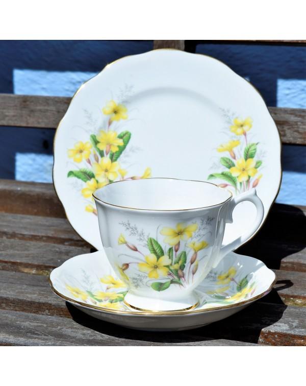 ROYAL ALBERT PRIMROSE TEA TRIO
