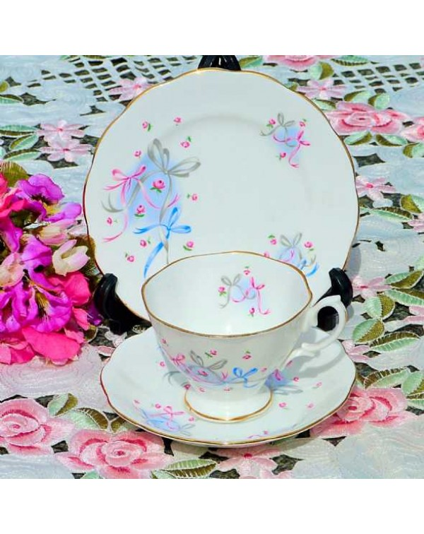 (OUT OF STOCK) ROYAL ALBERT BUTTONS AND BOWS  TEA ...