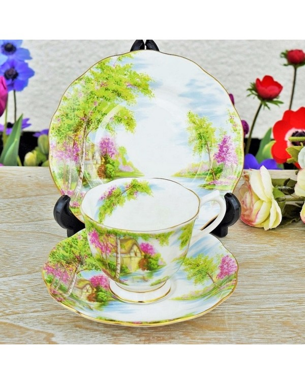 (OUT OF STOCK) ROYAL ALBERT THE OLD MILL TEA TRIO