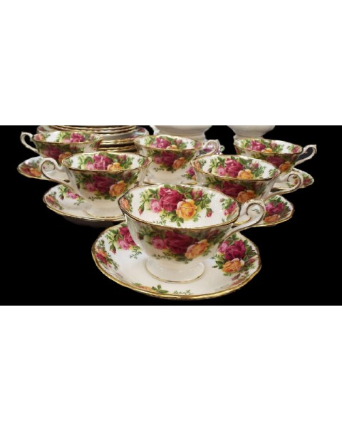 (OUT OF STOCK) OLD COUNTRY ROSES AVON TEA SET