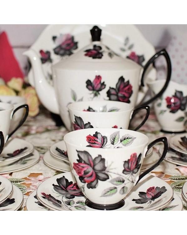 (OUT OF STOCK) ROYAL ALBERT MASQUERADE TEA SET &am...