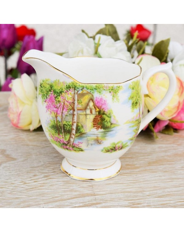 (OUT OF STOCK) ROYAL ALBERT THE OLD MILL MILK JUG
