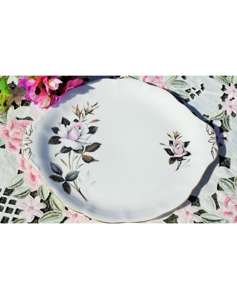 (OUT OF STOCK) ROYAL ALBERT QUEENS MESSENGER CAKE PLATE