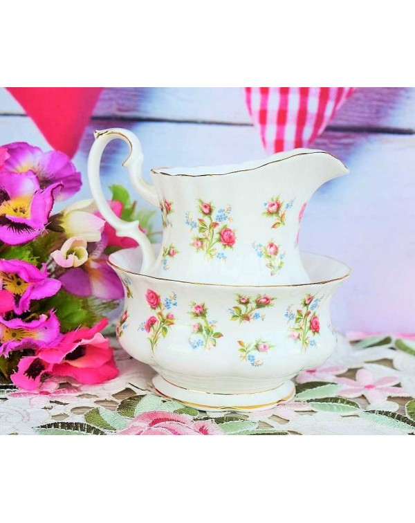 (OUT OF STOCK) ROYAL ALBERT WINSOME MILK JUG AND S...