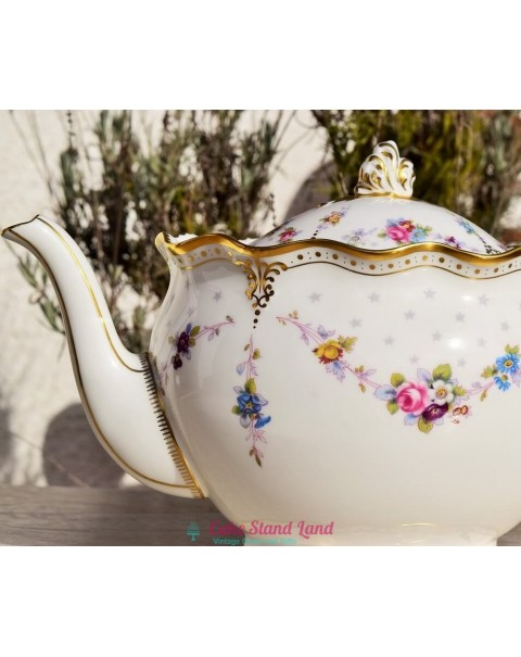 ROYAL CROWN DERBY SUPERB ANTOINETTE TEAPOT