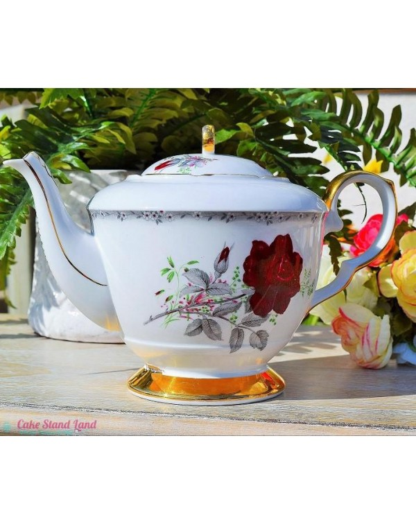 ROYAL STAFFORD ROSES TO REMEMBER TEAPOT
