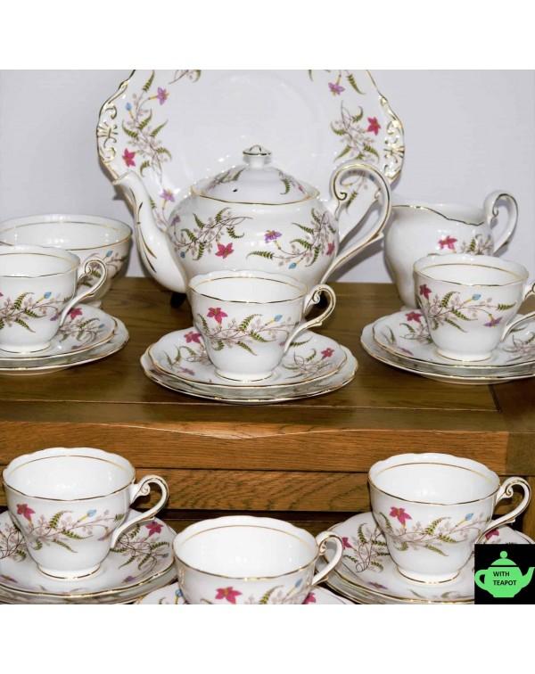 (SOLD) ROYAL STANDARD FANCY FREE TEA SET AND TEAPO...