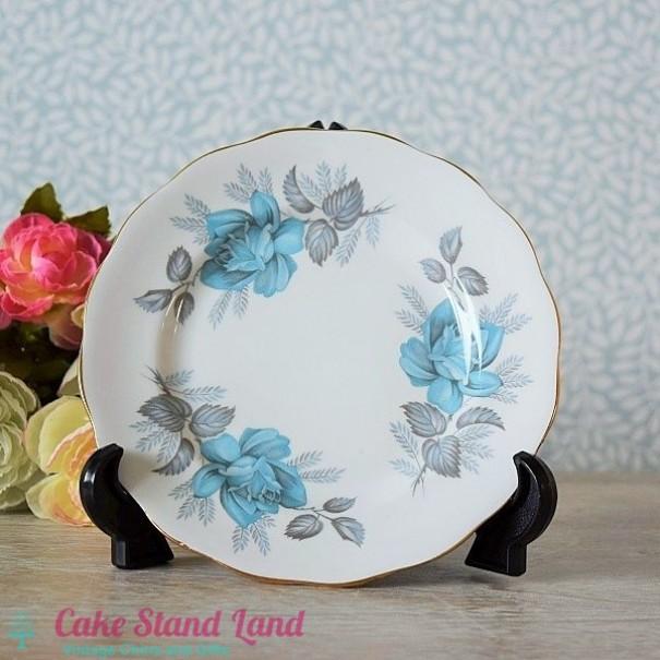 (SOLD) ROYAL STANDARD BLUE ROSE PLATE