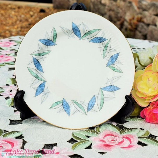 (OUT OF STOCK) ROYAL STANDARD TREND TEA PLATE