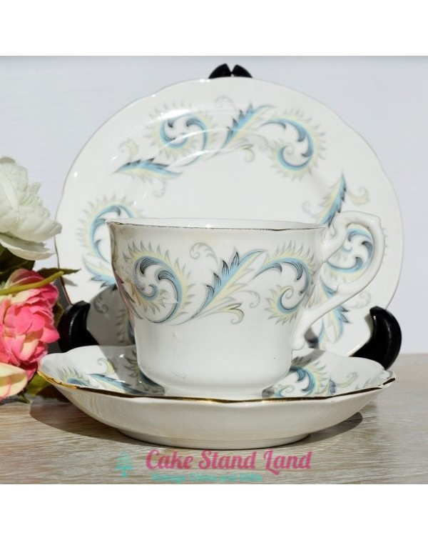 (OUT OF STOCK) ROYAL STANDARD GARLAND TEA TRIO