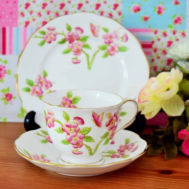 (OUT OF STOCK) ROYAL STANDARD BUTTERFLIES & FLOWERS TRIO