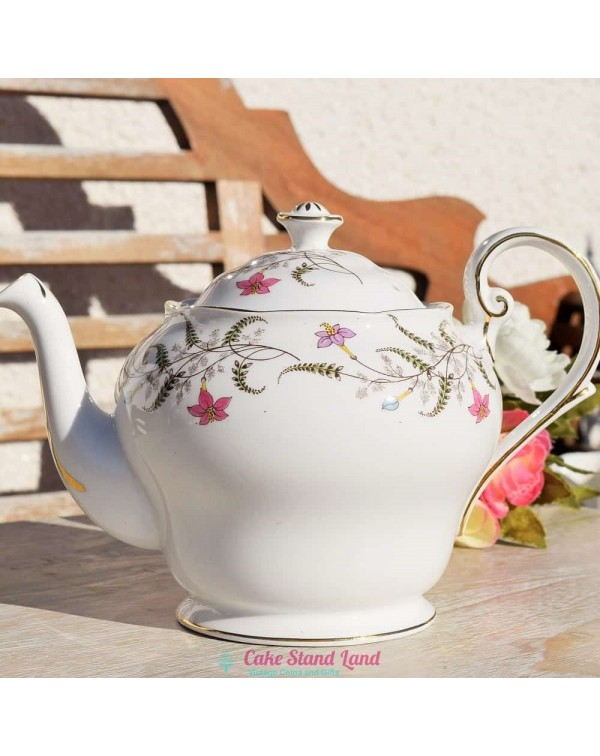 (OUT OF STOCK) ROYAL STANDARD FANCY FREE  TEAPOT