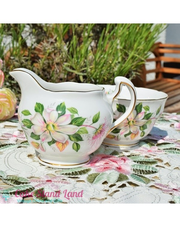 ROYAL VALE CLEMATIS MILK JUG & SUGAR BOWL