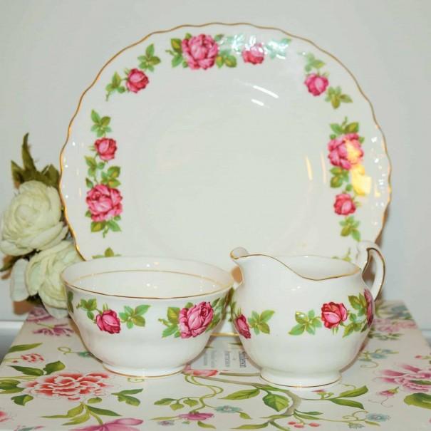 (SOLD) ROYAL VALE ROSE CAKE PLATE SET