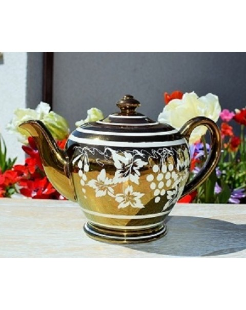 (OUT OF STOCK) SADLER GOLD LUSTRE GRAPES TEAPOT