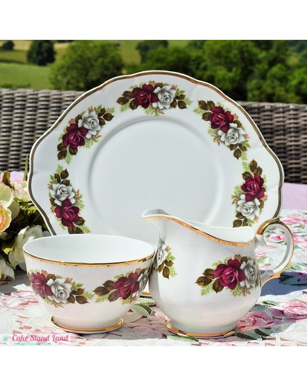 (OUT OF STOCK) SHERIDAN CAKE PLATE SET