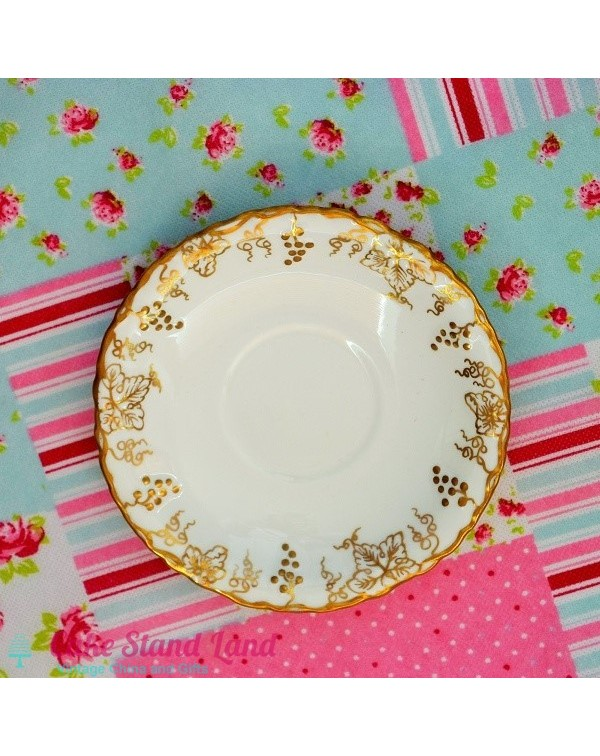 ROYAL CROWN DERBY VINE SAUCER