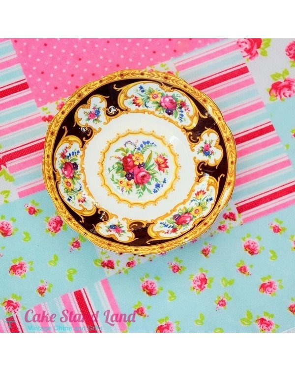 ROYAL ALBERT LADY HAMILTON SAUCER