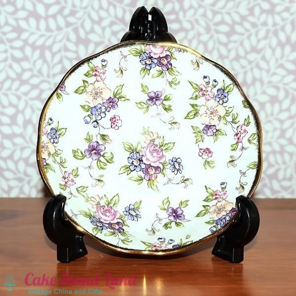 (OUT OF STOCK) ROYAL ALBERT ENGLISH CHINTZ SAUCER