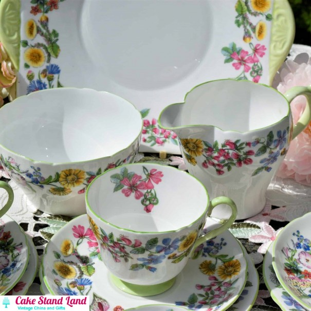 (OUT OF STOCK) SHELLEY PINK FLORAL TEA SET