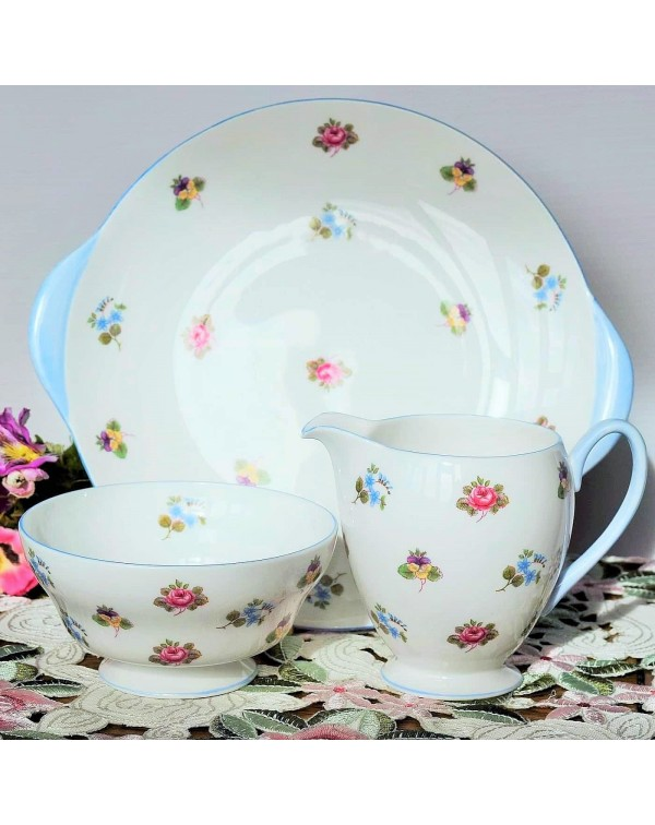 (SOLD) SHELLEY FLORAL CAKE PLATE SET