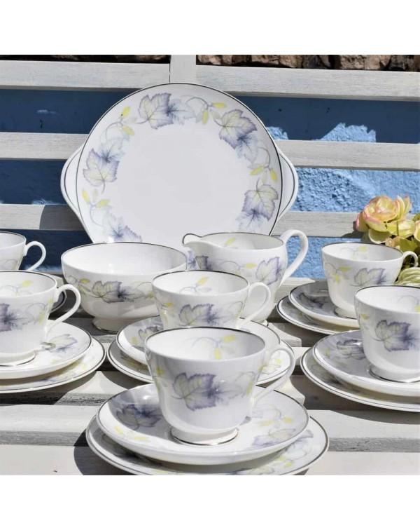 SHELLEY SYCAMORE 21 PIECE TEA SET