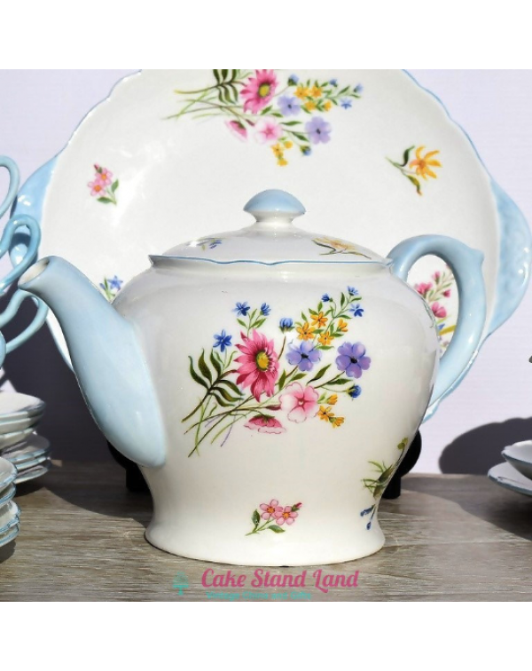 (SOLD) SHELLEY WILD FLOWERS TEAPOT
