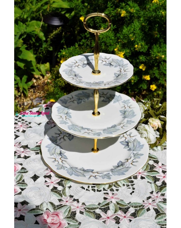 (SOLD) ROYAL ALBERT SILVER MAPLE CAKE STAND