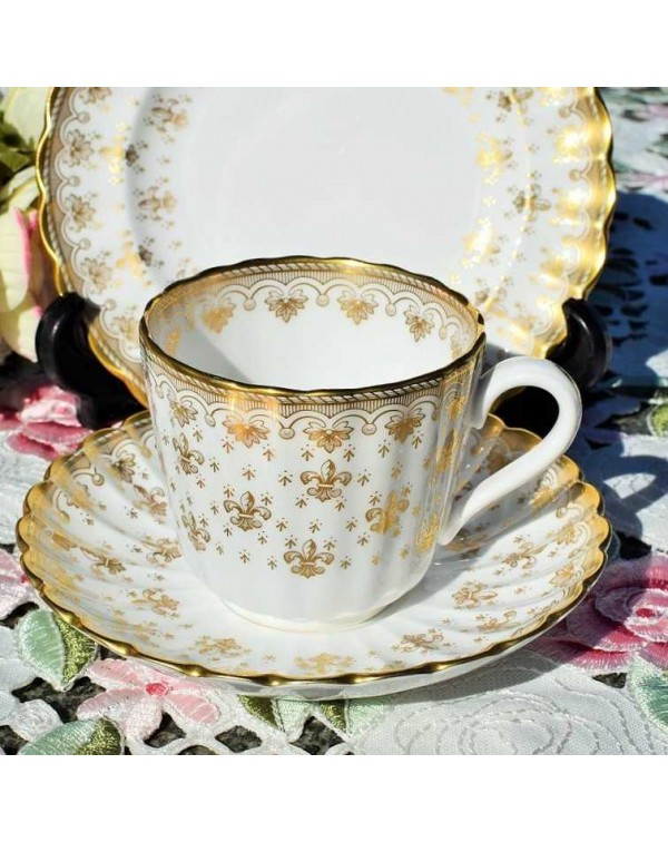 (OUT OF STOCK) SPODE FLEUR DE LYS TEA TRIO