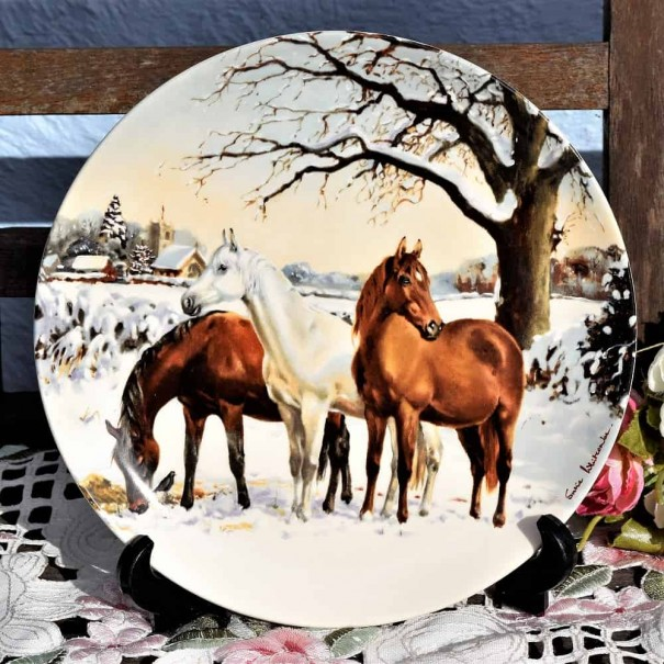 (SOLD) SPODE NOBLE HORSE CHRISTMAS COLLECTION PLATE NEW