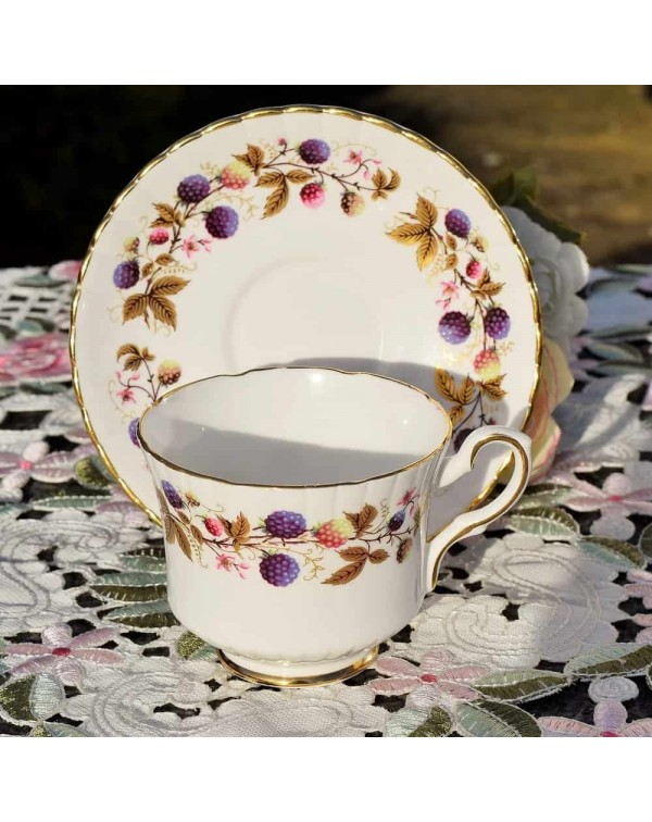 ROYAL STAFFORD GOLDEN BRAMBLE TEA CUP & SAUCER