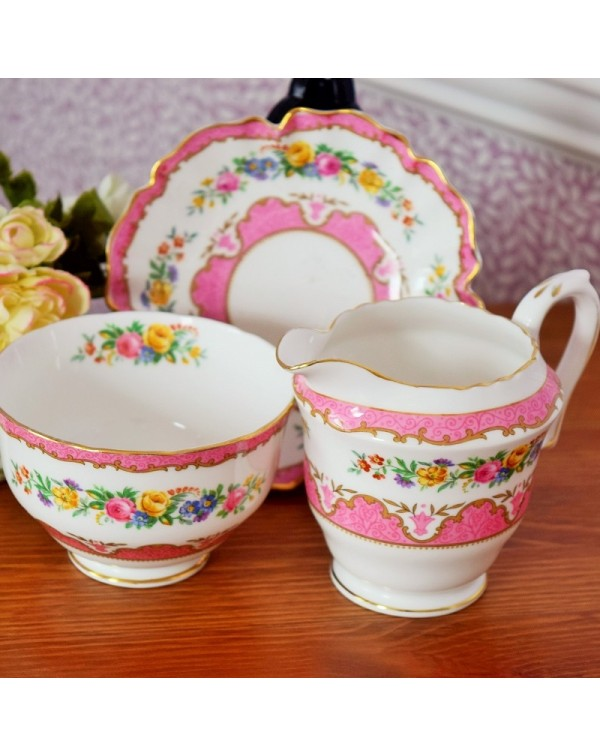 CROWN STAFFS LYRIC TUNIS MILK JUG SET