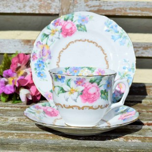 CROWN STAFFORDSHIRE TEA TRIO