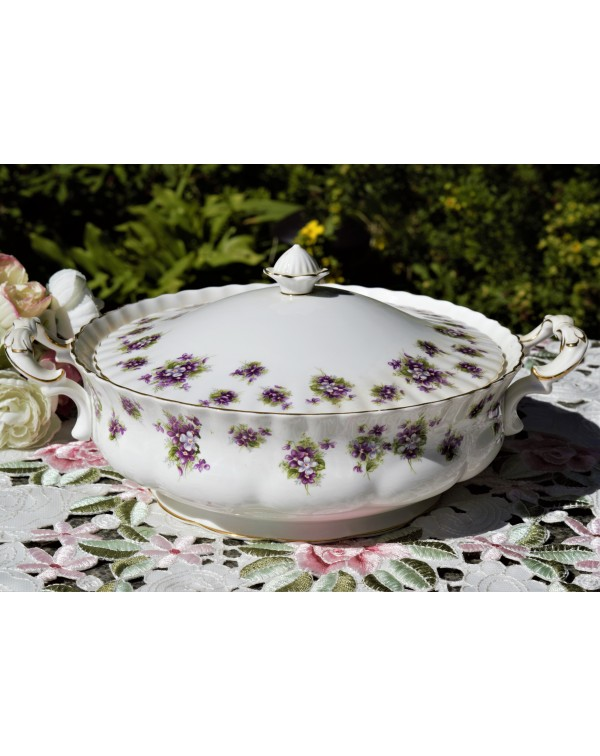 ROYAL ALBERT SWEET VIOLETS TUREEN