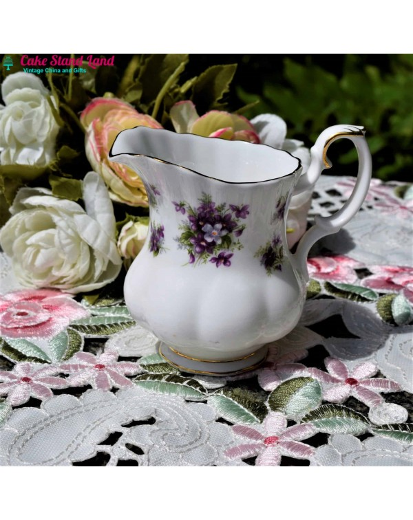 ROYAL ALBERT SWEET VIOLETS CREAM JUG
