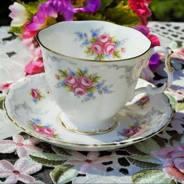 ROYAL ALBERT TRANQUILITY CUP & SAUCER