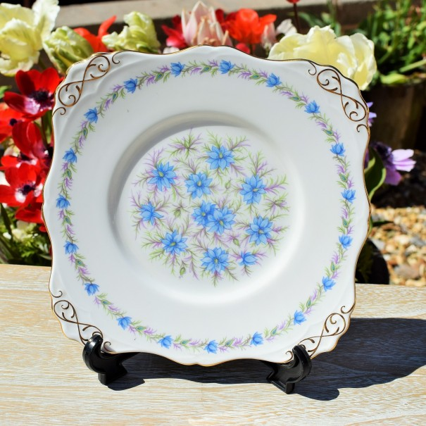 TUSCAN LOVE IN THE MIST CAKE PLATE