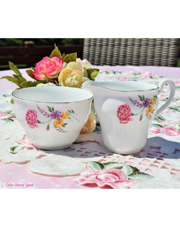 CARNATION MILK JUG & SUGAR BOWL