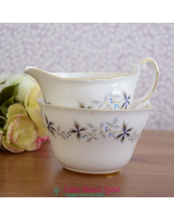 (OUT OF STOCK) VINE MILK JUG AND SUGAR BOWL