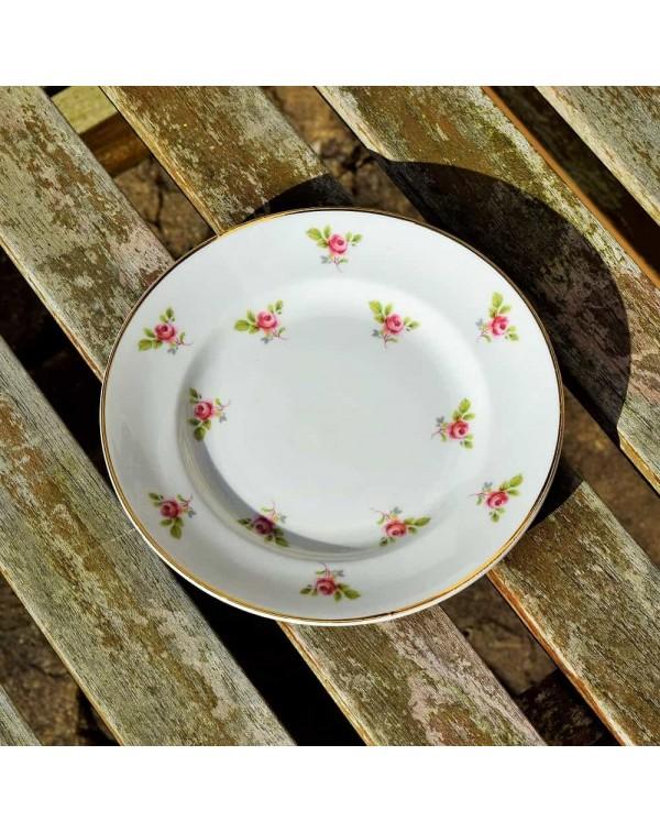 TEA PLATE ROSEBUDS