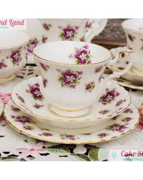 (SOLD) ROYAL ALBERT SWEET VIOLETS TEA SET FOR SIX