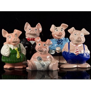 SET OF WADE NATWEST PIGS
