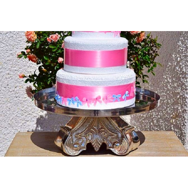 (OUT OF STOCK) 16 inch SILVER METAL CAKE STAND