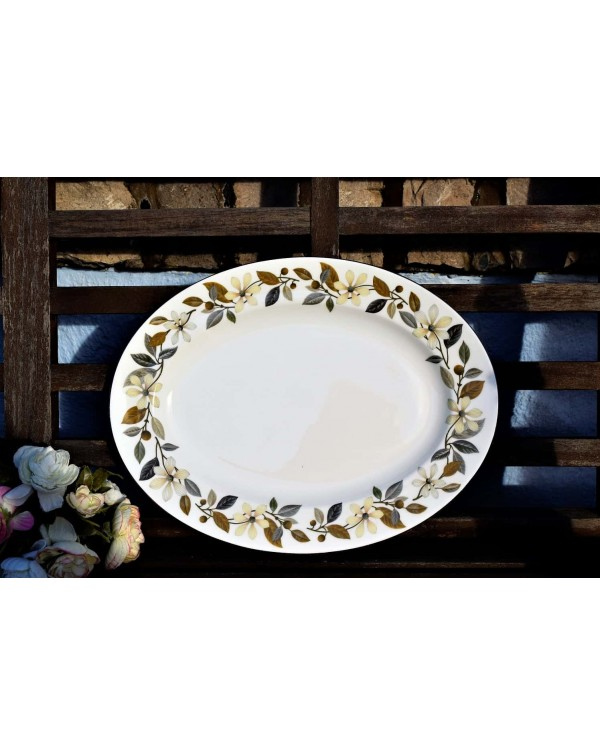 WEDGWOOD BEACONSFIELD LARGE PLATTER