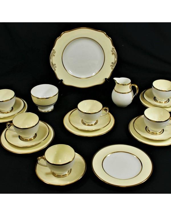 (SOLD) WEDGWOOD LEMON  TEA SET