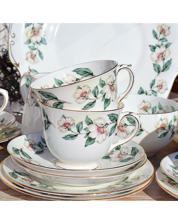 (OUT OF STOCK) CROWN STAFFORDSHIRE CHRISTMAS ROSE ...