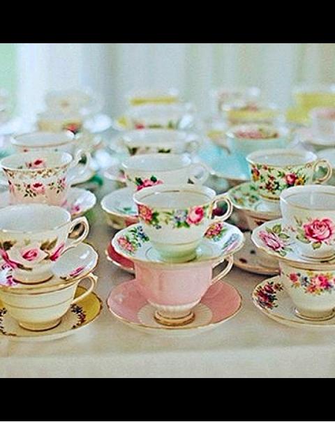 TEN MISMATCHED TEA CUPS & SAUCERS