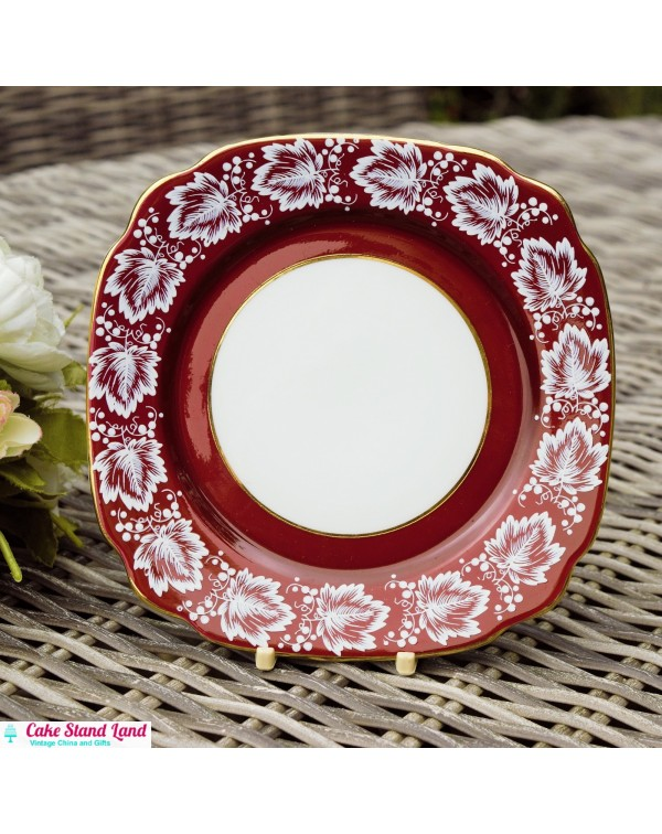 CRIMSON WINDSOR TEA PLATE